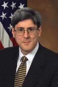 Douglas Feith, ancien sous-secrétaire à la Défense en charge de la politique. (Crédit : domaine public)