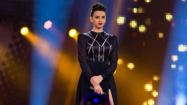 """Korin Gideon, présentatrice de l'émission de télé-réalité """"Big Brother"""", le 6 avril 2016. (Crédit : Yonatan Sindel/Flash90)"""