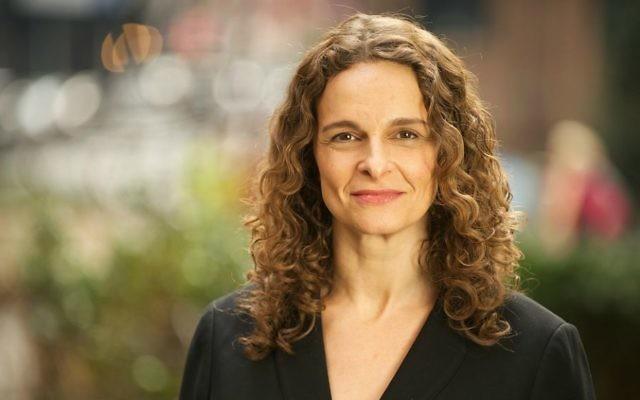 Le rabbin Jennie Rosen, vice-présidente pour l'engagement communautaire de HIAS. (Crédit : autorisation)