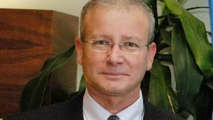 """Aharon """"Ronny"""" Leshno-Yaar, ambassadeur d'Israël auprès de l'Union européenne et de l'OTAN. (Crédit : autorisation/ministère des Affaires étrangères)"""