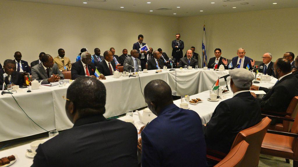 Le Premier ministre Benjamin Netanyahu rencontre des dirigeants et des représentants des Etats africains en marge de l'Assemblée générale de l'ONU à New York, le 22 septembre 2016. (Crédit : Kobi Gideon / GPO)