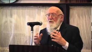 Le rabbin Gedalia Dov Schwartz (Crédit : capture d'écran YouTube)