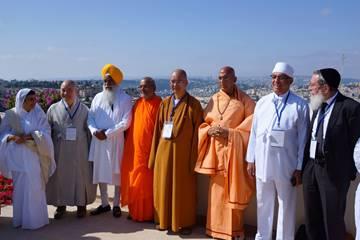 Les leaders religieux asiatiques à Jérusalem (Crédit: Reuven Remez)