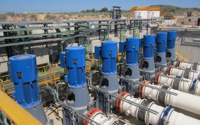 Une usine de désalinisation de l'eau en Israël. Illustration. (Crédit : Ben Sales/JTA)