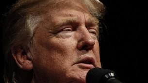 Le candidat républicain aux élections présidentielles américaines Donald Trump à Bangor, dans le Maine, le 15 octobre 2016. (Crédit : Sarah Rice/Getty Images/AFP)
