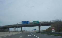 L'autoroute A4 au niveau de Nickelsdorf, à la frontière hongro-autrichienne, en Autriche, en avril 2010 (Crédit : My Friend / Creative Commons Attribution-Share Alike 3.0)
