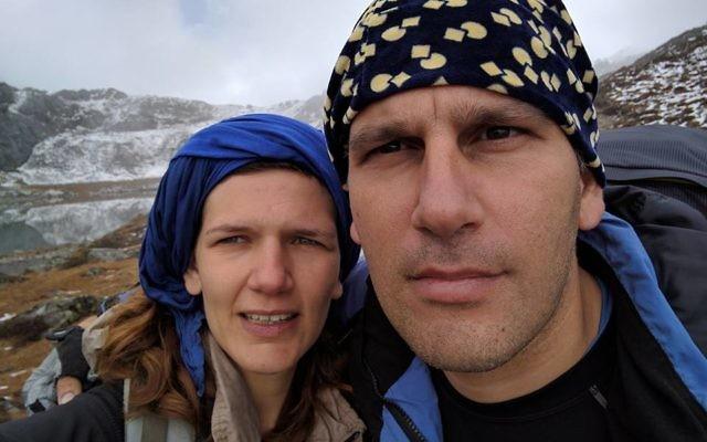 Amit Reichman et sa compagne à Katmandou en octobre 2016 (Crédit : Facebook)