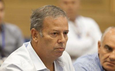 Shimon Gaspo, à l'époque maire de Nazareth Illit, le 30 octobre 2013 (Crédit : Flash 90)