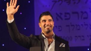 Le chanteur Moshe Peretz (Crédit : Gideon Markowicz / Flash90)