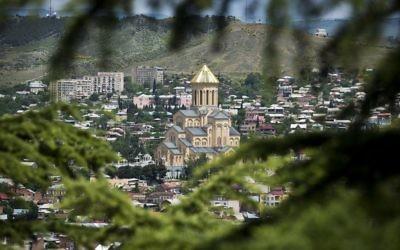 Tbilissi, la capitale de la Géorgie (Crédit : Moshe Shai / FLASH90)