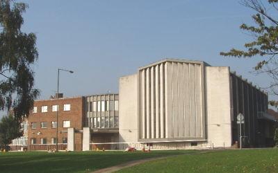 La synagogue Finchley United (Crédit : David Hawgood/Wikipedia)
