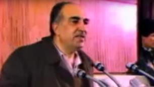 Salah Khalaf, chef du groupe terroriste palestinien Septembre noir. (Crédit : capture d'écran YouTube)