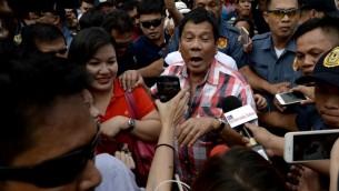 détermination de Duterte à tuer des millions de personnes.