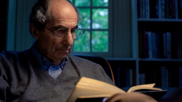Philip Roth, l'auteur d'American Pastoral. (Crédit : Film Forum/File)