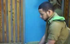 Fabio Sah-Kamal, soldat israélien, devant la cour martiale après avoir été jugé coupable d'avoir tué par accident sa petite amie, le 5 octobre 2016. (Crédit : capture d'écran Ynet)