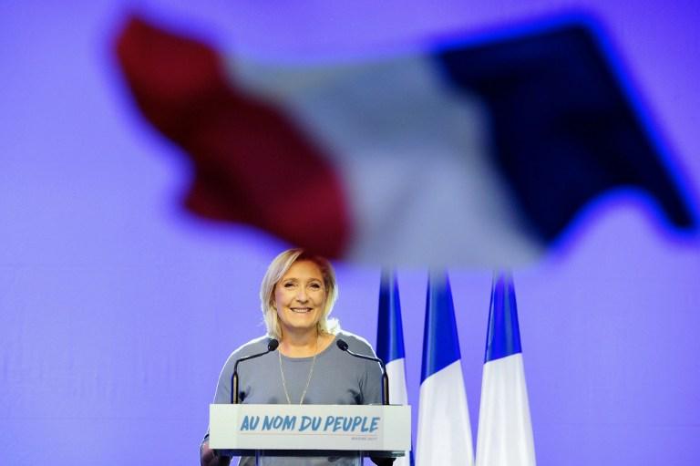 Marine Le Pen lors d'un discours pendant le congrès d'été du FN à Frejus, dans le sud de la France, le 18 septembre 2016 (Crédit : AFP / Franck PENNANT)