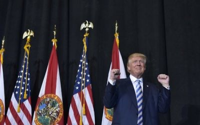 Le candidat républicain à la présidentielle Donald Trump pendant un meeting à Sarasota, en Floride, le 7 novembre 2016. (Crédit : AFP/Mandel Ngan)