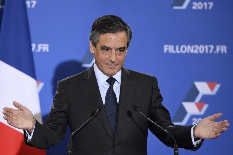 François Fillon, candidat de la droite et du centre à l'élection présidentielle française de 2017, pendant son discours de victoire aux primaires, à Paris, le 27 novembre 2016. (Crédit : AFP/Eric Feferberg)