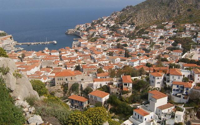 Vue sur l'île grecque d'Hydra (Crédit : CC BY-SA 3.0)