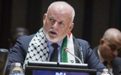 LE président de la 71ème Assemblée générale des Nations unies, Peter Thomson des Îles Fidji, lors d'une réunion extraordinaire à l'occasion de la Journée internationale de solidarité avec le peuple palestinien le 29 Novembre 2016. (Crédit :UN Photo/Manuel Elias)