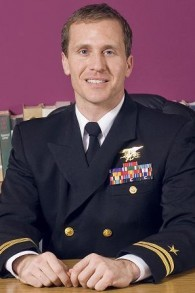 Le gouverneur-élu du Missouri et ancien membre des forces spéciales de la marine US, Eric Greitens (Crédt : Autorisation)