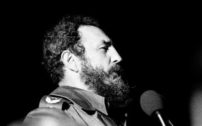 Le dirigeant cubain Fidel Castro à La Havane, en 1978. (Crédit : Marcelo Montecino/Flickr/CC BY-SA 2.0/WikiCommons)