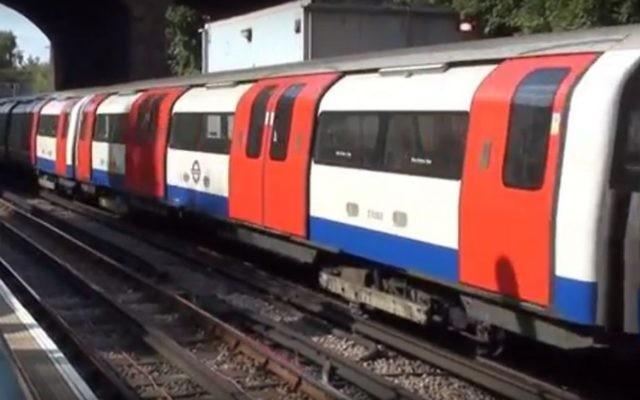 La station de Finchley Central (Crédit : Capture d'écran YouTube)