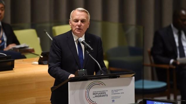 Jean-Marc Ayrault, ministre français des Affaires étrangères, devant les Nations Unies à New York le 19 septembre 2016. (Crédit : AFP/Timothy A. Clary)