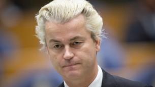 Le député néerlandais d'extrême-droite Geert Wilders au parlement à La Haye, le 18 décembre 2014. (Crédit : Evert-Jan Daniels/ANP/AFP)