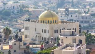 La mosquée d'Omar, à Nuba en Cisjordanie. (Crédit : Assaf Avraham)