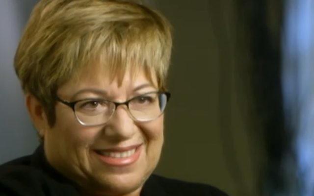 Vered Swid, ancienne directrice de l'Autorité pour la promotion du statut des femmes au bureau du Premier ministre, dans le progamme Uvda de la Deuxième chaîne, le 7 novembre 2016. (Crédit : capture d'écran Deuxième chaîne)