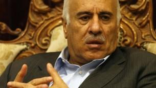 Jibril Rajoub, président de la Fédération palestinienne de Football et membre du Comité central du Fatah, à Ramallah, le 28 novembre 2016. (Crédit : Abbas Momani/AFP)