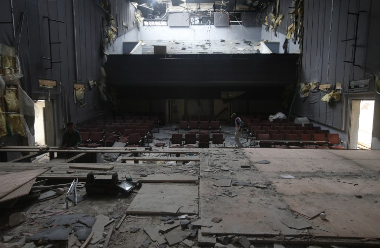 Le 'Cinéma Jénine', l'un des cinémas les plus connus des territoires palestiniens, ferme ses portes faute d'entrées. Photographié à Jénine, en Cisjordanie, le 30 novembre 2016. (Crédit : Jaafar Ashtiyeh/AFP)