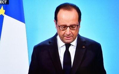 Le président français François Hollande s'adresse aux Français depuis l'Elysée, le 1er décembre 2016. (Crédit : Olivier Morin/AFP)