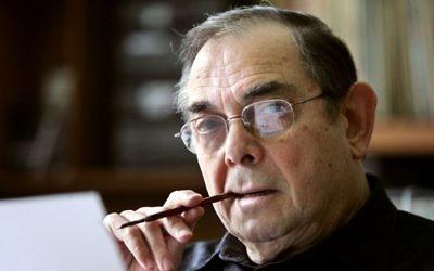 Marcel Gotlib, né Gottlieb, dessinateur français, est mort le 4 décembre 2016 à l'âge de 82 ans. La photographie a été prise dans son atelier le 4 mai 2005. (Crédit : François Guillot/AFP)