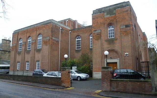La synagogue de la Congrégation hébraïque d'Édimbourg, construite en 1932. (Crédit : Wikimedia Commons via JTA)