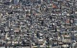 Le camp de réfugiés bondé de Balata, près de Naplouse. Balata est le plus grand camp de réfugiés en Cisjordanie et accueille environ 30 000 personnes. (Crédit : Nati Shohat/Flash90)
