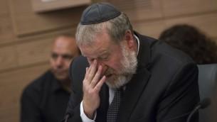 Avichai Mandelblit, procureur général d'Israël, pendant une réunion de la commission de la Justice, du Droit et de la Constitution de la Knesset, le 18 juillet 2016. (Crédit : Miriam Alster/Flash90)