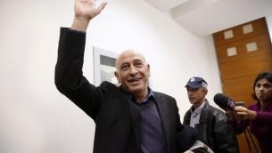 Basel Ghattas, député de la Liste arabe unie, devant la cour des magistrats de RIshon Lezion, le 26 décembre 2016. (Crédit : Meged Guzani/Pool/Flash90)