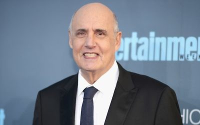 Jeffrey Tambor à Santa Monica, le 11 décembre 2016. (Crédit : Christopher Polk/Getty Images pour The Critics' Choice Awards/JTA)