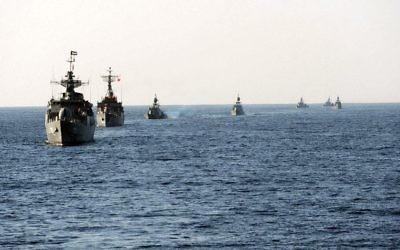 Exercice de la marine iranienne en 2011. (Crédit : Mohammad Sadegh Heydari/CC BY/WikiCommons)
