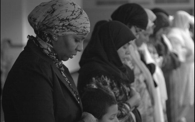 Femmes en hijab. Illustration. (Crédit : Beth Rankin (BohPhoto)/CC BY 2.0/WikiCommons)