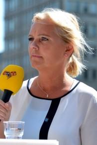 Kristina Winberg, membre du parti des Démocrates suédois. et élue au parlement européen, interviewée par Expressen News à Stockholm, le 24 mai 2014. (Crédit : CC BY-SA 3.0 Frankie Fouganthin/Wikipedia)