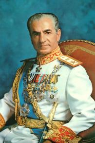Mohammad Reza Pahlavi, dernier Chah d'Iran. (Crédit : Ghazarians/WikiCommons)