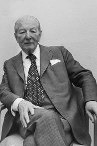 Pieter Menten, en 1977. (Crédit : Wikimedia commons/Dutch National Archive)