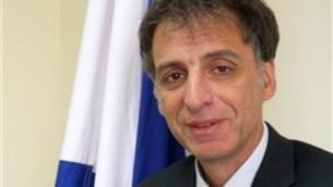 Eli Belotsercovsky, ambassadeur d'Israël auprès de l'Ukraine. (Crédit : ministère des Affaires étrangères)