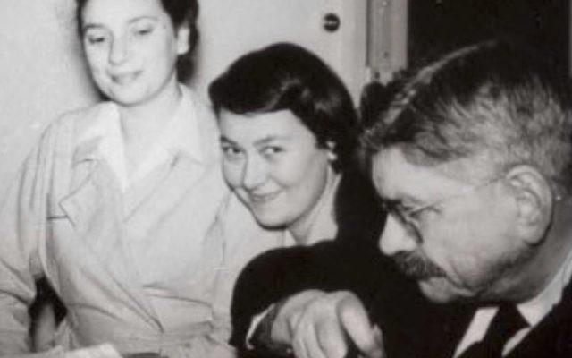 Yvonne Levyne, Colette Baer Veil et Edmond Maurice Levy à Alliance Israélite Universelle (Crédit: Anne BAER/Facebook).