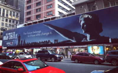 """La publicité pour la saison 2 de """"The Man in the High Castle"""", à Times Square, New York, en décembre 2016. (Crédit : Twitter)"""