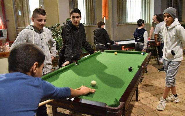 Ouverture d'un centre pour jeunes, Le Metro à Netanya. Crédit Qualità