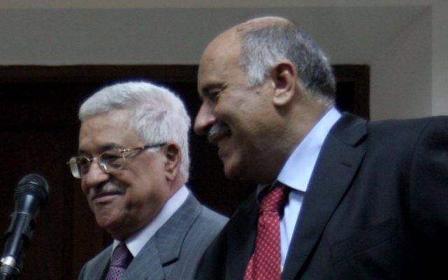 Jibril Rajoub et Mahmoud Abbas (Crédit : Issam Rimawi/Flash90)